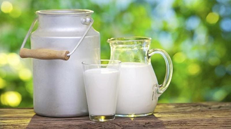 Latte: Coldiretti, gettati in strada già 3 mln di litri