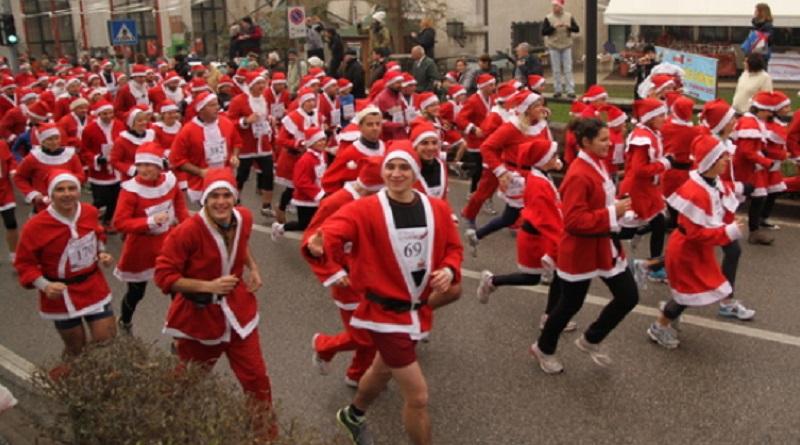 Camminata dei Babbi Natale a Castegnato